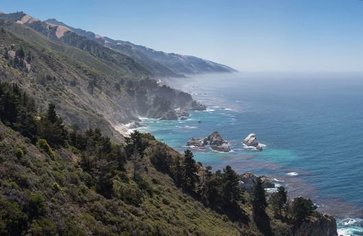 1024px-central_californian_coastline_big_sur_-_may_2013